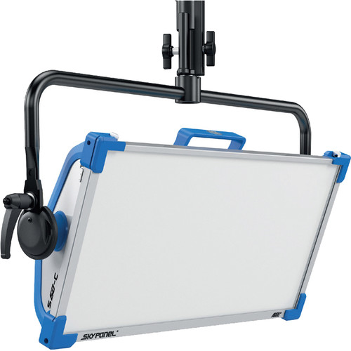 ARRI-SkyPanel-S120-C-LED-Softlight--remote